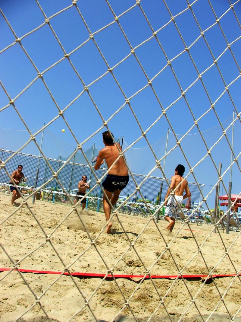 La spiaggia cervia milano marittima camping adriatico - Bagno adriatico milano marittima ...